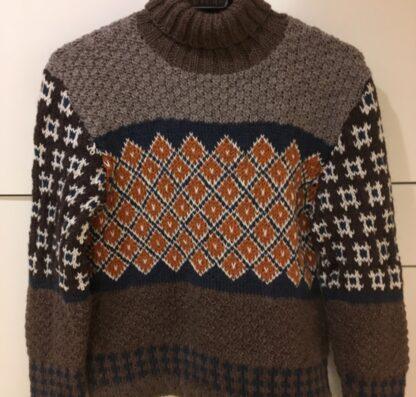 Tinka sweater barn